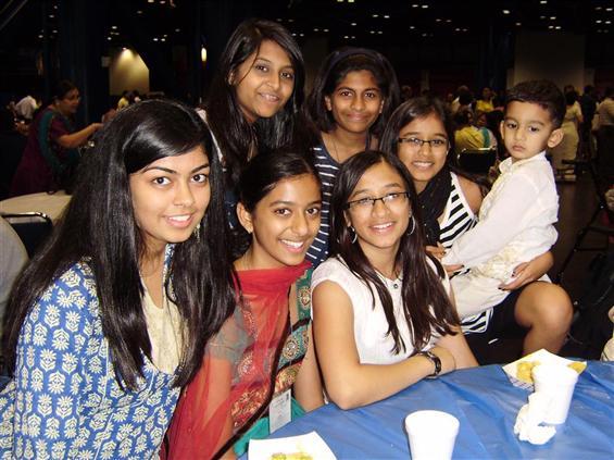 2011 JAINA Convention Bonds Many Ties