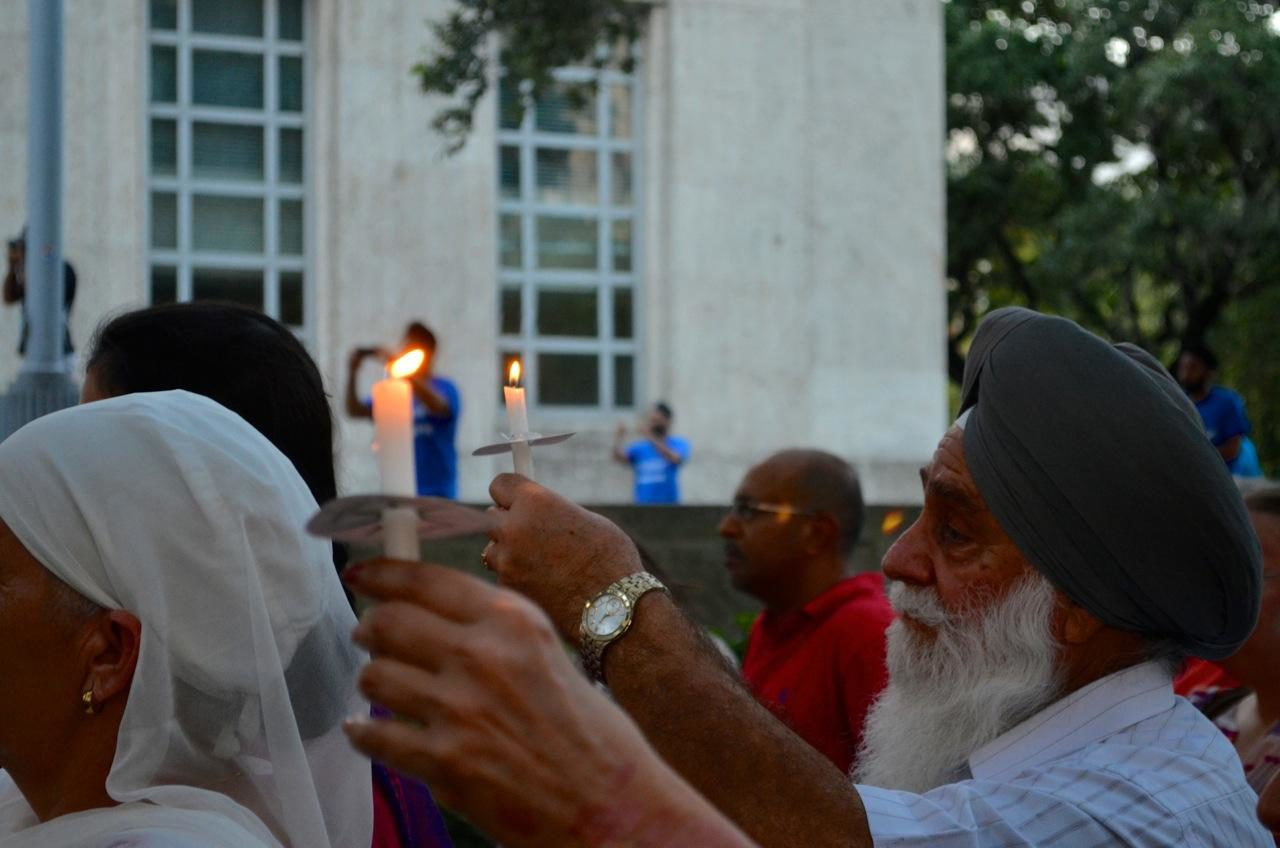 City Hall Lights Up in Memory of Victims of the Wisconsin Sikh Temple Shooting