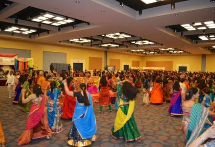 Garba Night – Festival Season Kicks off Amongst Indian Americans of Houston