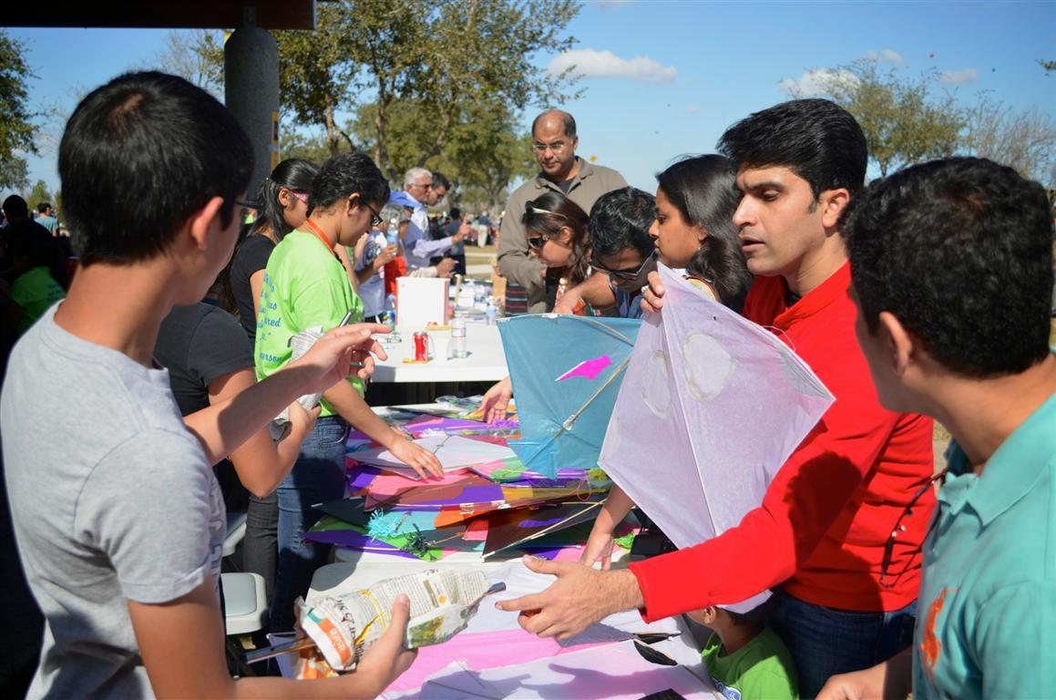 Houston Kite Festival Brings the Community Closer