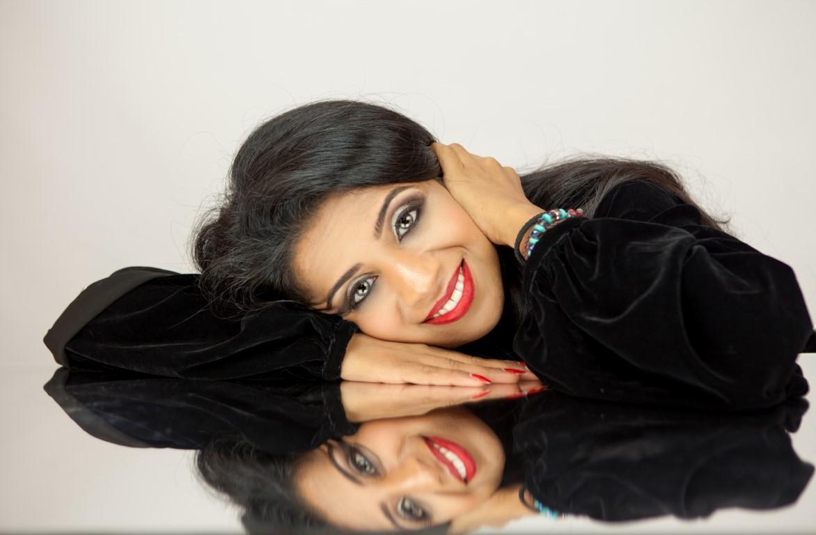 Fashionata of the Month   Farida Abjani