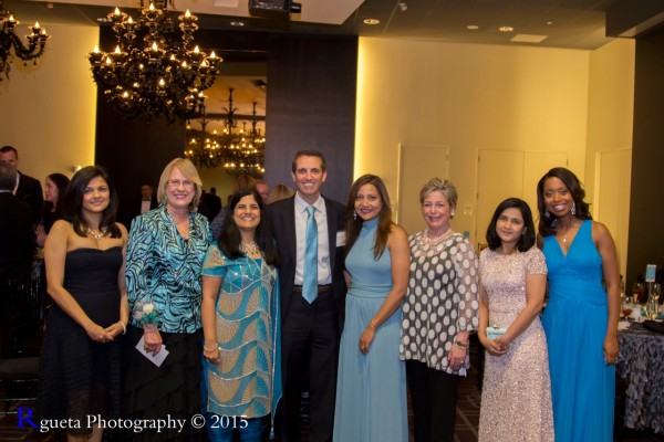left to right, Dr. Aparna Kamat, Betty White, Juuhi Ahuja, Mike Beck, Runsi Sen (Founder), Sharon Krinsky & Melinda Spaulding